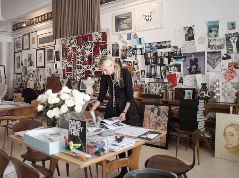 Франка Созани приказната за својата концептуална продавница ја започна во 1990 година кога отвори мала уметничка галерија и книжара на улица Corso Como број 10 во Милано
