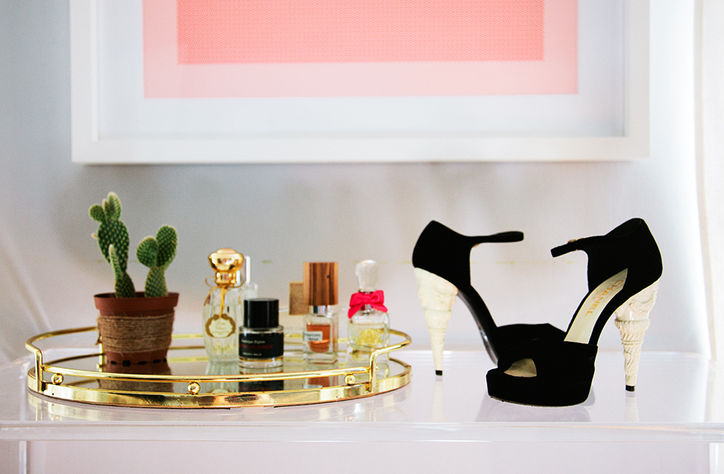 6 emily-schuman-chanel-shoes-w724
