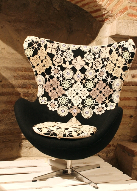 egg chair, interpratacija LG