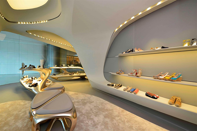 futuristic-aesthetic-new-stuart-weitzman-boutique-designed-by-zaha-hadid