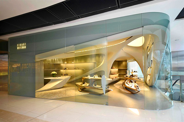 futuristic-aesthetic-new-stuart-weitzman-boutique-designed-by-zaha-hadid_4
