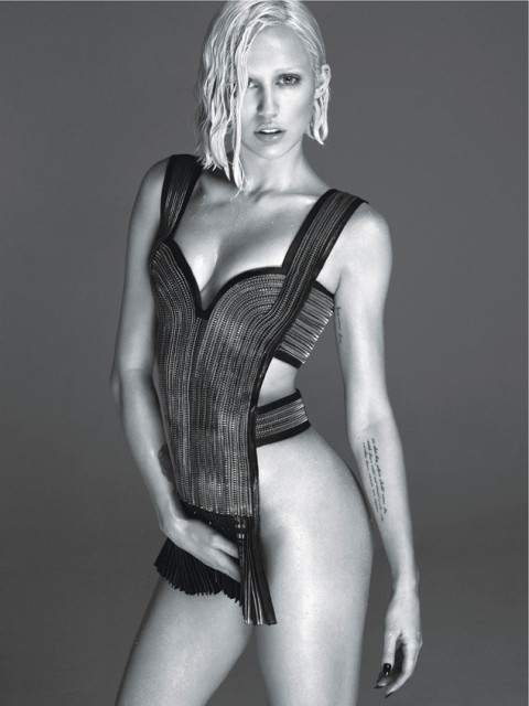 rs_634x846-140131135937-634.Miley-Dress-Blck-White-W-Magazine.jl.013114_copy
