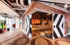 d-dock-google-amsterdam-designboom-01