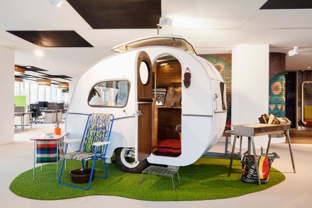 d-dock-google-amsterdam-designboom-06