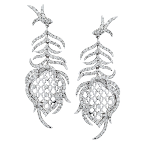 Paradis Feather Earrings in 18ct white gold and diamonds