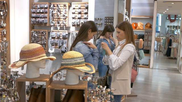 caci pakovska modna preobrazba vo city mall (6)