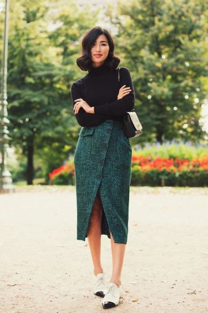 interview-outfit-idea-tweed-skirt-sweater-flats-gary-pepper-girl-h724