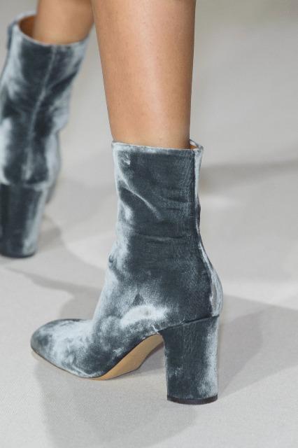 21-e-1000-velvet-valentino-boots-oracle-fox