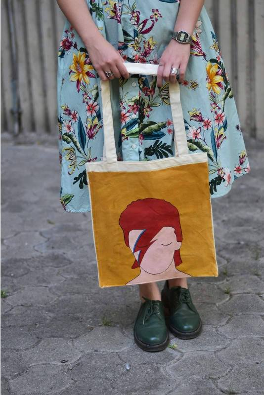 Foreground Totebags (5)