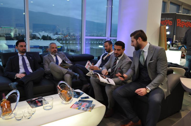 Gentlemens Expo-stylist 11