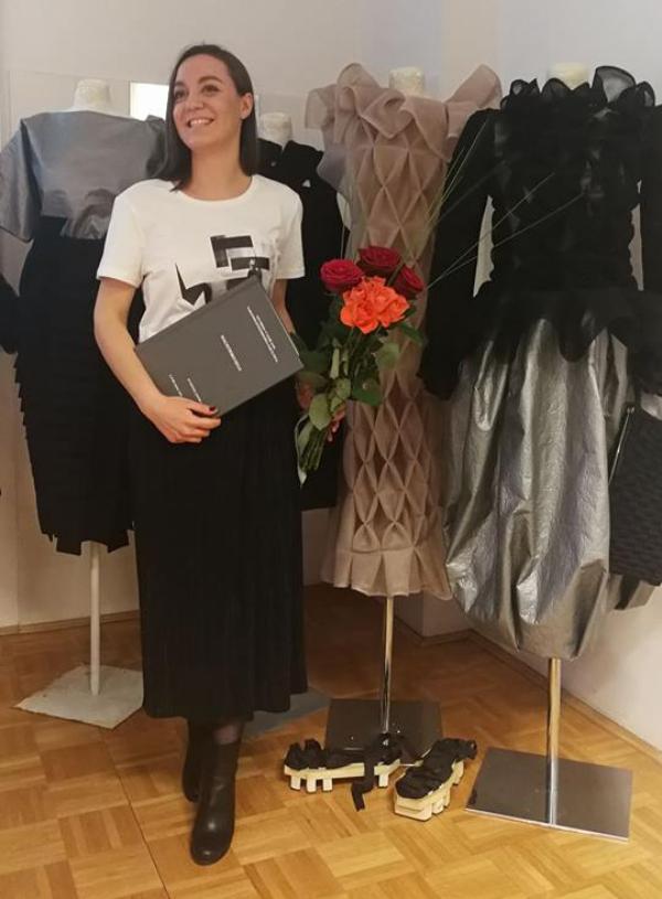 ena zafirovska_Foto