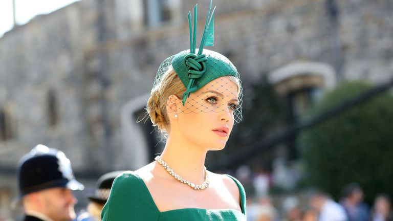 1 royal-wedding-2018-lady-kitty-spencer-1526722838