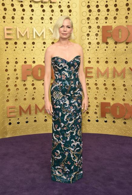 2 Michelle-Williams-at-2019-Emmys LV