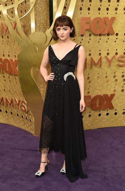 5 Maisie-Williams-at-2019-Emmys