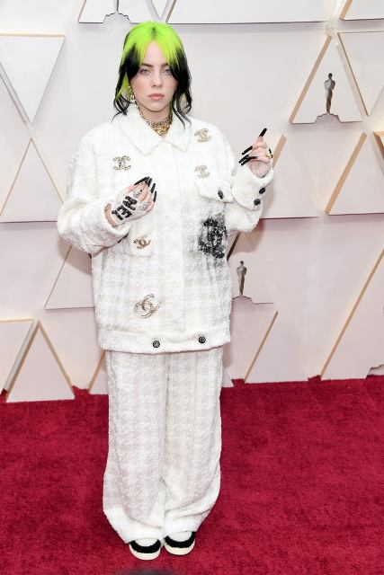 Billie-Eilish-at-Oscars-2020