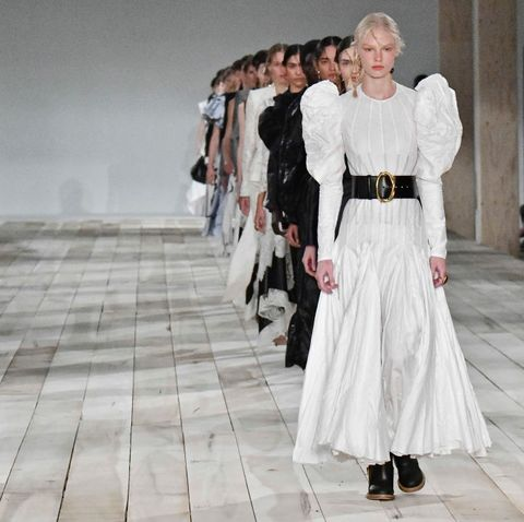 model-walks-the-runway-during-the-alexander-mcqueen-ready-news-photo-1581677439