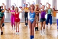 Jane-Fonda-82-joins-TikTok-recreates-her-legendary-exercise-routines