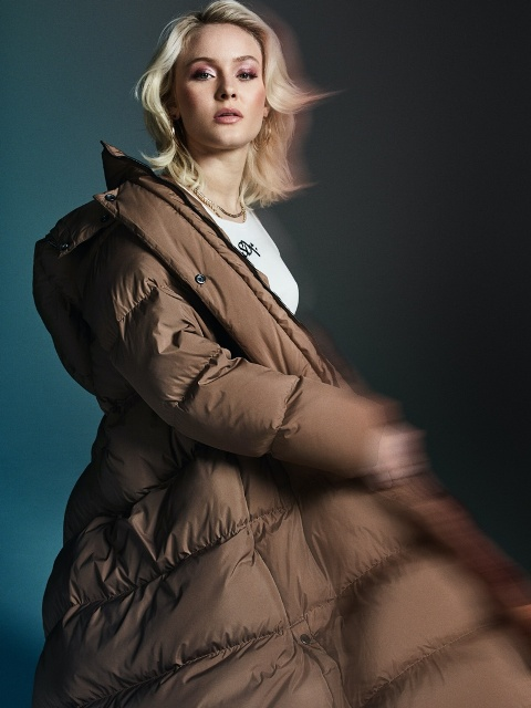 Zara-Larsson-Superdry-Icons-Style-Campaign06