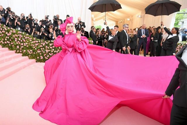 lady-gaga-met-gala-2019-red-carpet