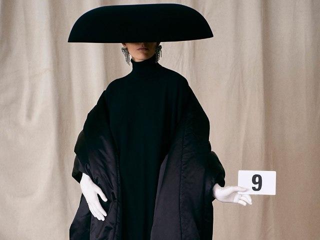 1 Balenciaga-Couture-Fall-21